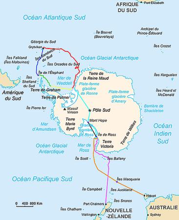 Rouge : le voyage de l'Endurance (12/1914 - 01/1915) Jaune : la dérive de l'Endurance prit dans les glaces (01/1915 - 11/1915) Vert : après que le navire ait coulé, dérive sur la banquise et voyage en canot vers l'île de l'Élephant Bleu : le voyage du canot jusqu'en Géorgie du Sud Turquoise : le trajet de l'expédition tel qu'il était prévu à l'origine Orange : le voyage de l'Aurora  Rose : la prise dans le pack de l'Aurora et son retour, laissant sur place une partie de l'équipe Marron : la mise en place des dépôts