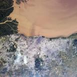 """""""Tonight's Finale: Buenos Aires, Argentina - the Rio de La Plata visibly filled with silt from upstream. """""""