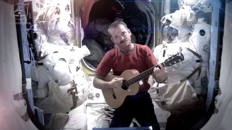 Chris Hadfield dans l'ISS